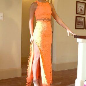 2 Piece bright orange maxi skirt set. Size XS
